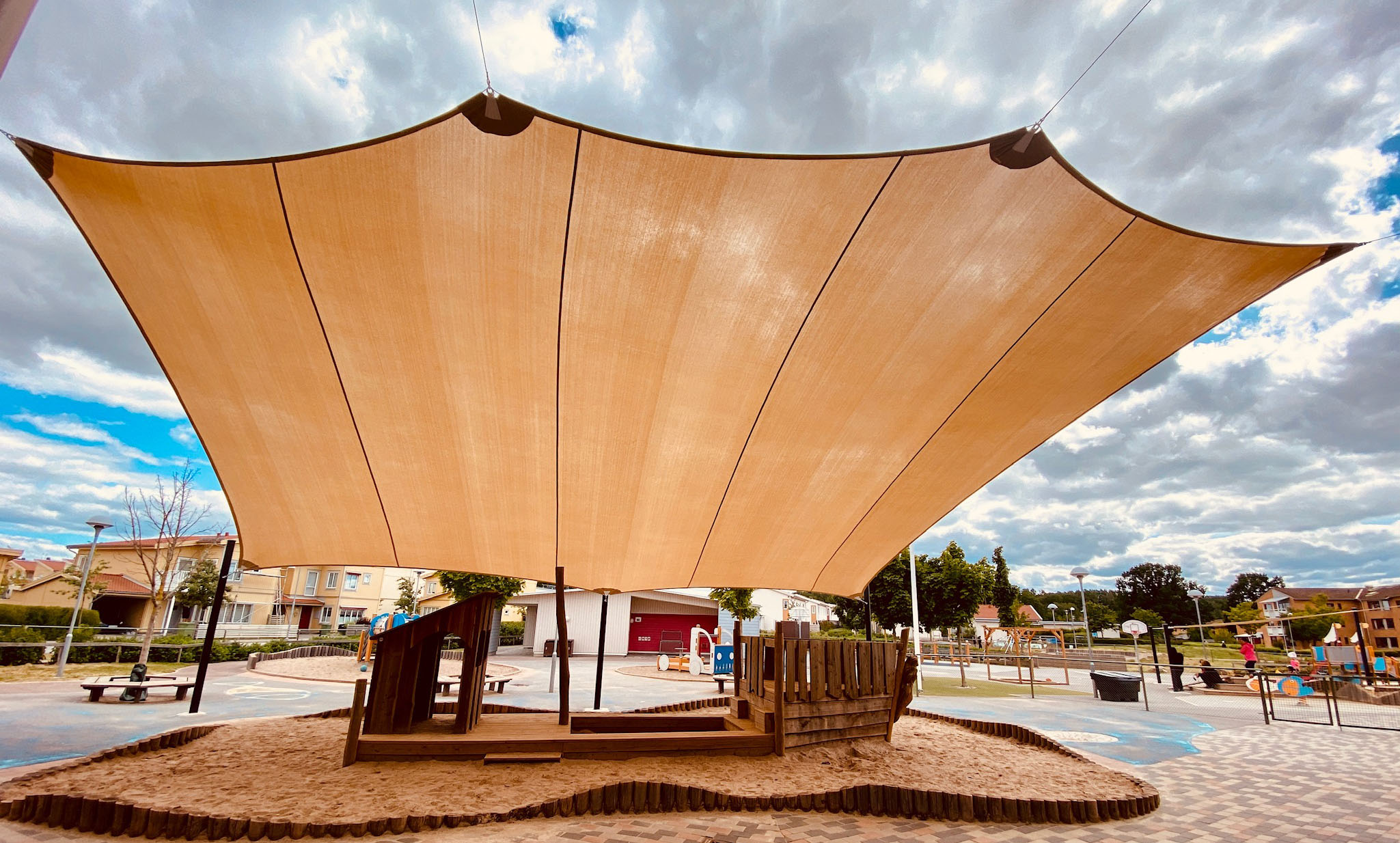 Solsegel lekplats